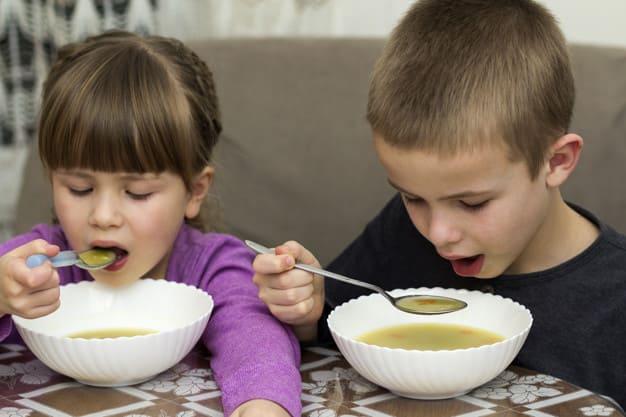 Суп. Міжнародны дзень супу. Карысць першага для дзяцей.