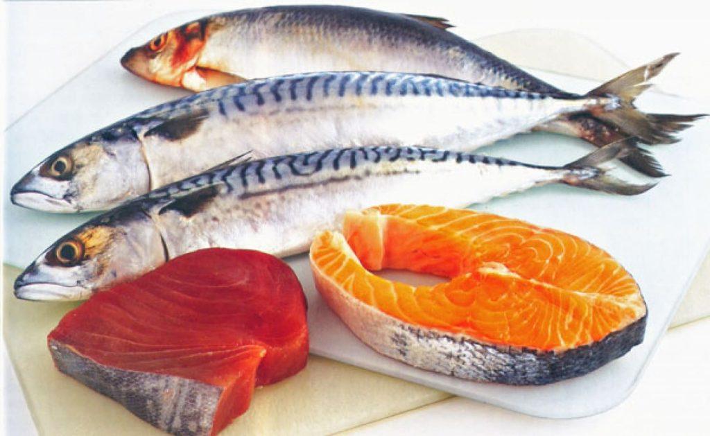 Павышаны ціск. Есці тлустую марскую рыбу.