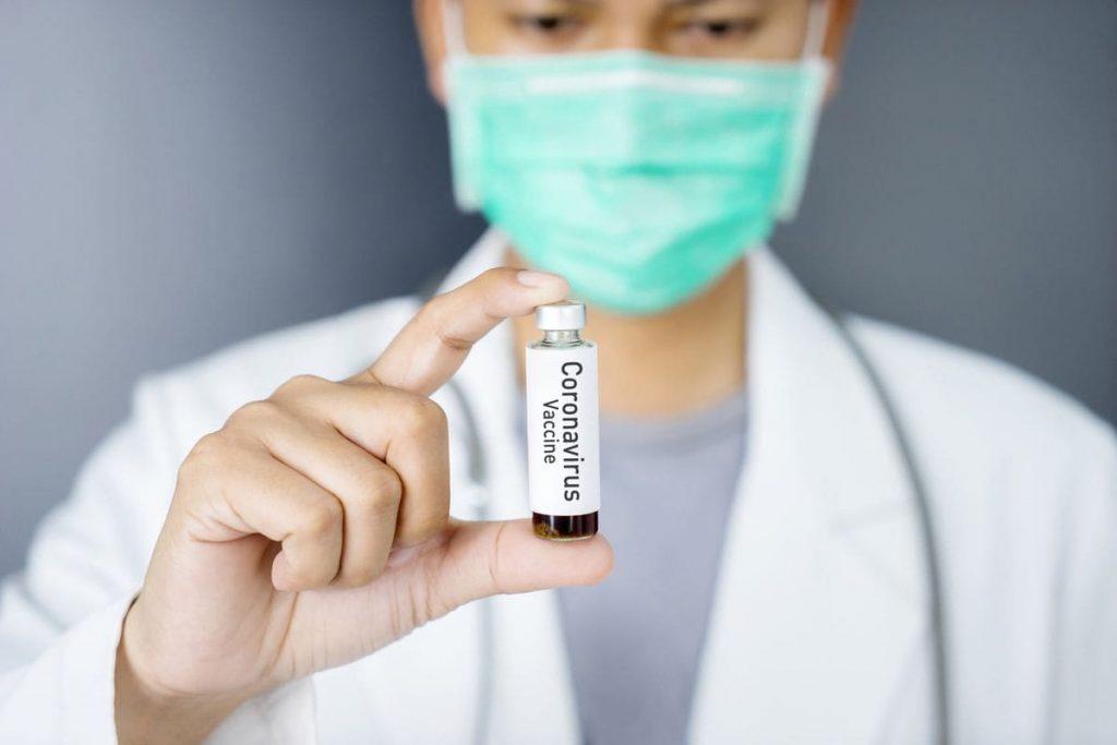 ЗША выходзіць з СААЗ. Апошнія ў чарзе на вакцыну.