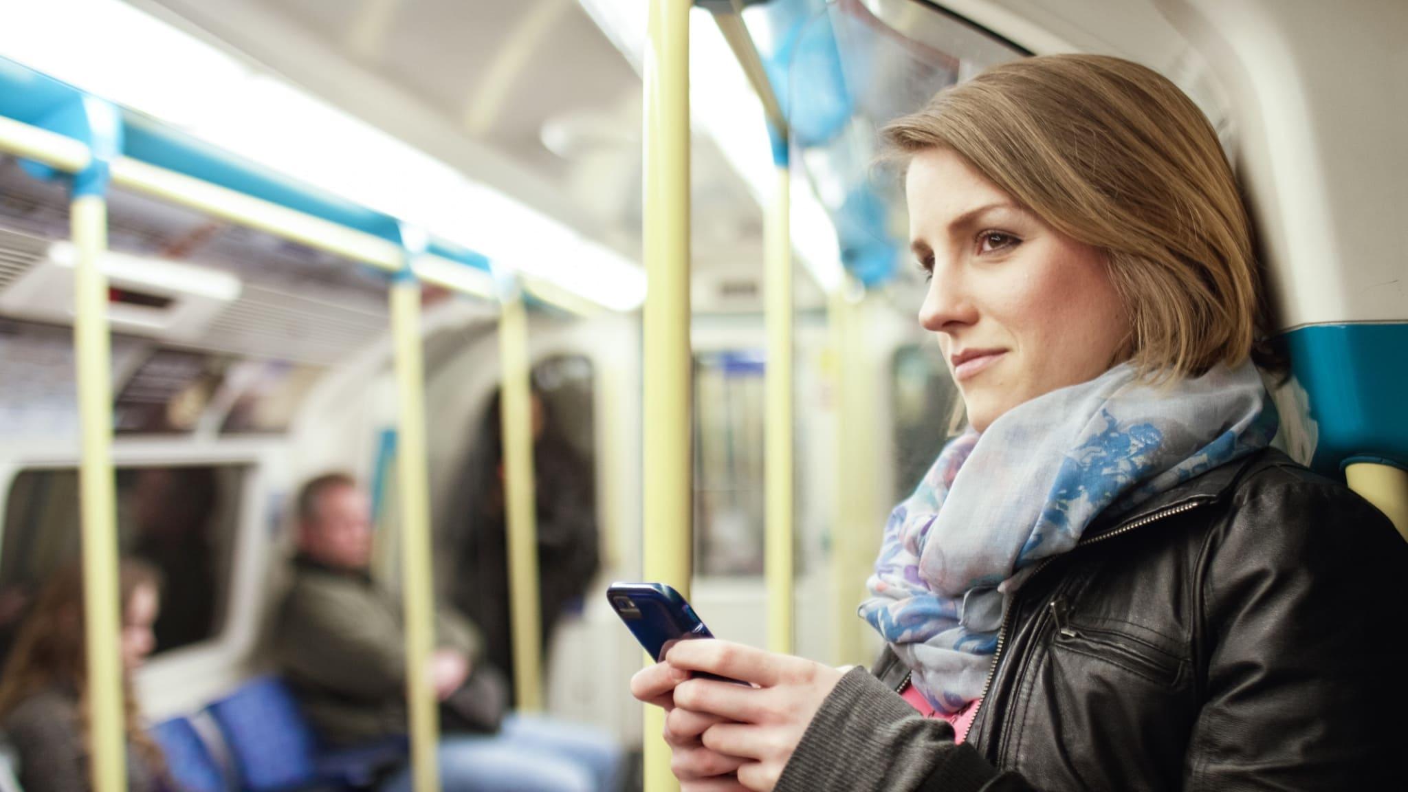 Медыцынская маска ў метро. Ці ёсць неабходнасць.