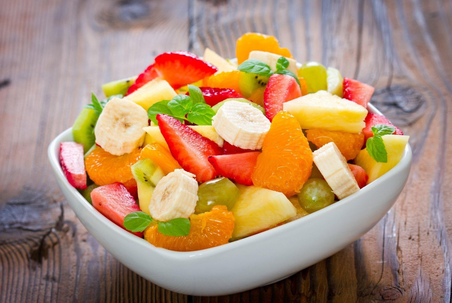 Хурма. У фруктовай салаце многа не бывае.