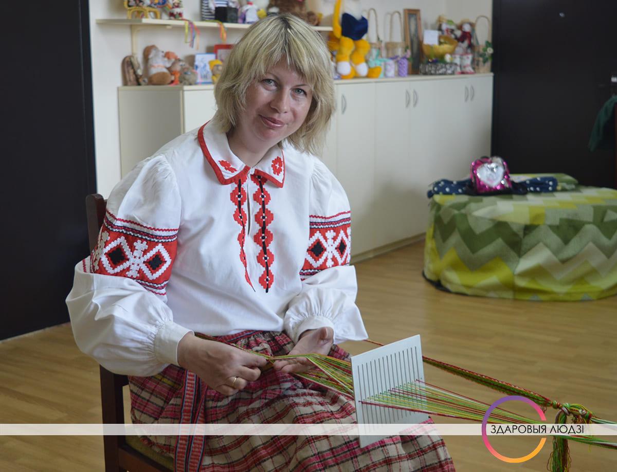 Беларускія паясы. Ткацтва на бердзечку.