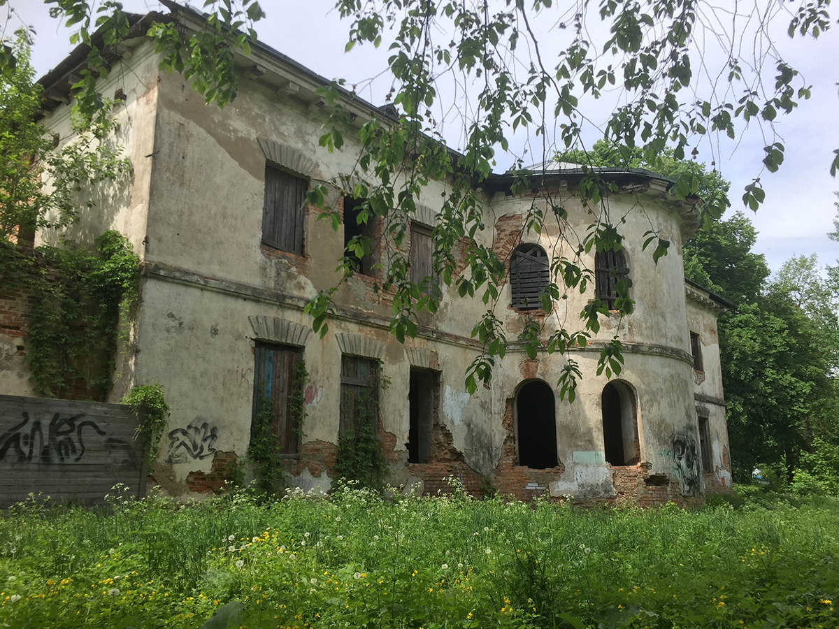 Велавандроўкі. Палац Патоцкіх у Беразіно.